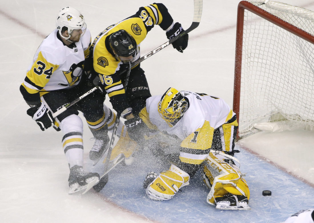 Penguins unable to find way to stop Krejci, Bruins