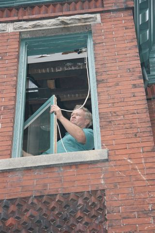 dixon roping window