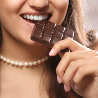 7 Foods to Reduce Stress and Harmful Cortisol Levels