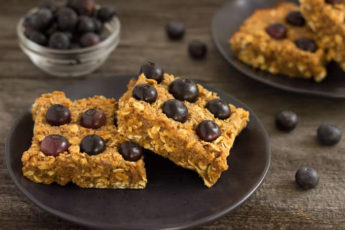 Homemade Blueberry Protein Bars