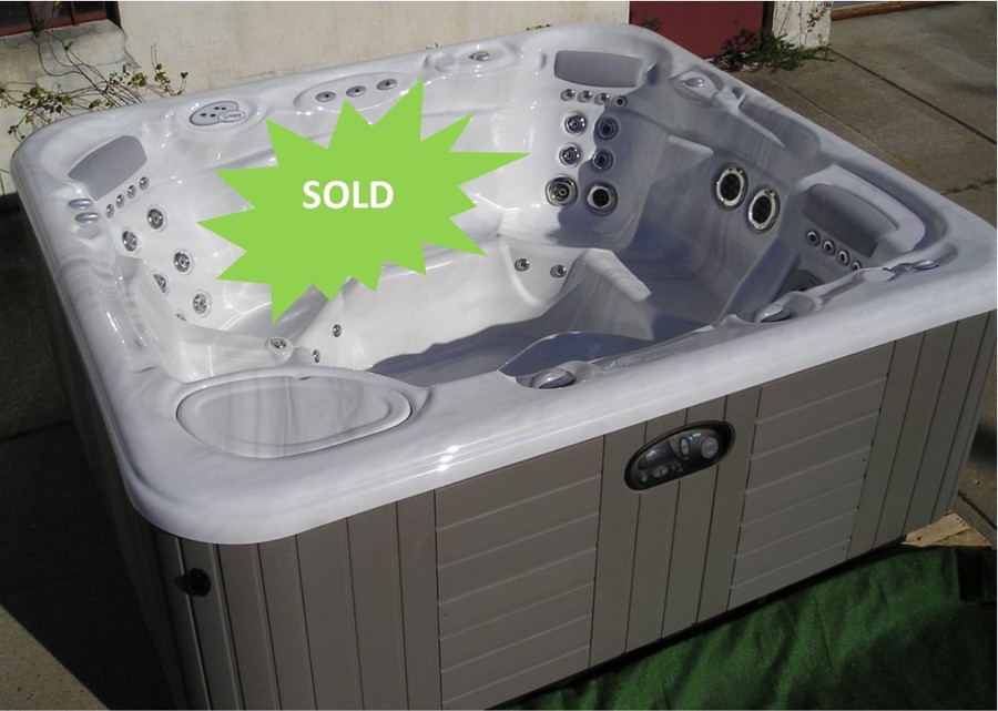 Used Hot Tubs for sale - Used Spas at UsedSpaLot.com