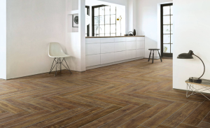 Wood looking porcelain tiles | Villohome