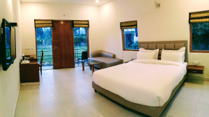 Poolview room at Corbett Panorama