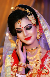 Best makeup Academy with overseas Techniques