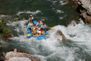 River rafting, food service, white water sport