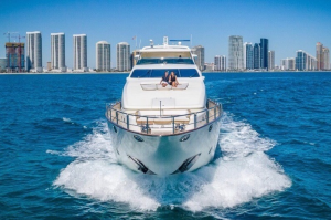 Rent a Yacht @ Miami Boat Experts