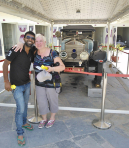Private Driver In India Tour Images