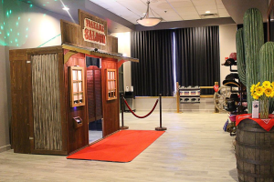 Vintage Rustic Western Saloon Photo Booth