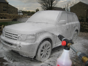 CAR CLEANING MACHINE