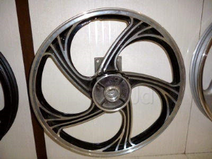 Parado 15 Alloy Wheel For Royal Enfield