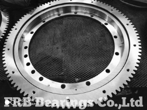 KD210series flanged slewing ring231.20.0900.013Typ21-1050.0