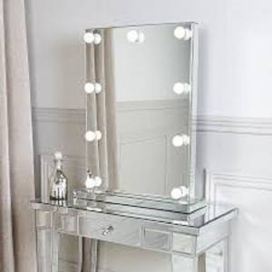 Best makeup mirrors illuminated, magnifying and LED