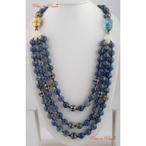 Necklaces with Many-layered neck piece in Onyx