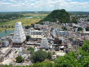 Bangalroe to srikalahasti tour packages car bus rentals 09036657799