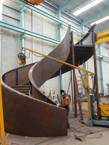 fabrication-construction-spiral-stairs-libary-1