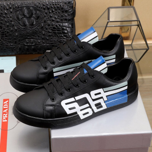 Prada 4E3409 Men Graphic Logo Leather Sneakers In Black
