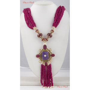 Necklaces With Multiple layered neck piece