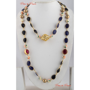 Necklaces with Two-layered brass gold, black Onyx, flat beads