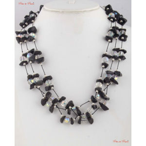 Fashion Necklaces - Tiny Onyx stones crafted