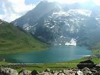 5 Days Kashmir Tour Package With Joy Travels @ Rs 24,000 PP