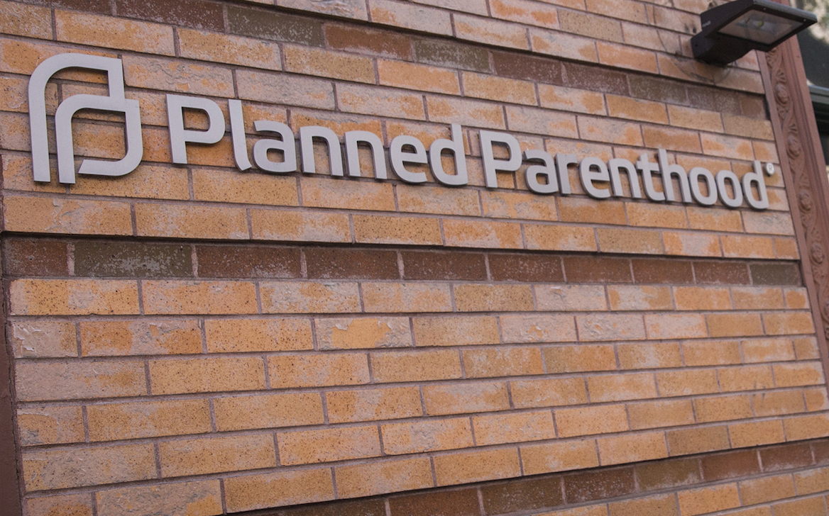 Senate passes bill to defund planned parenthood