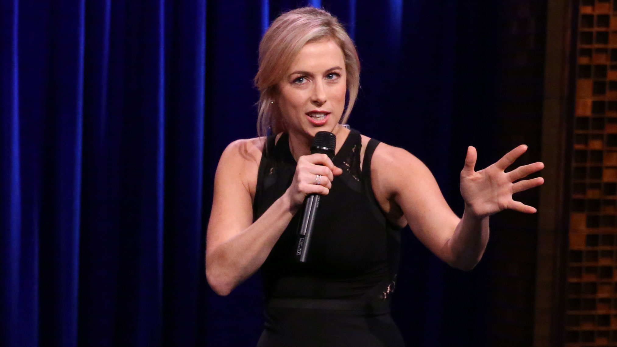 iliza shlesinger freezing hot dating 5 times iliza shlesinger's netflix comedy special was too real from now on, i don't wanna hear any more woman talk about how they wanna be mermaid.