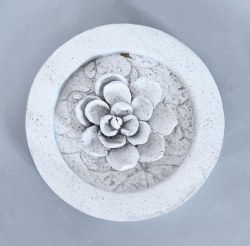 Magnolia Round