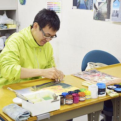 数々のヒット作品を生み出しているアニメーション制作プロダクション『株式会社ジェー・シー・スタッフ』に背景美術職で内定!