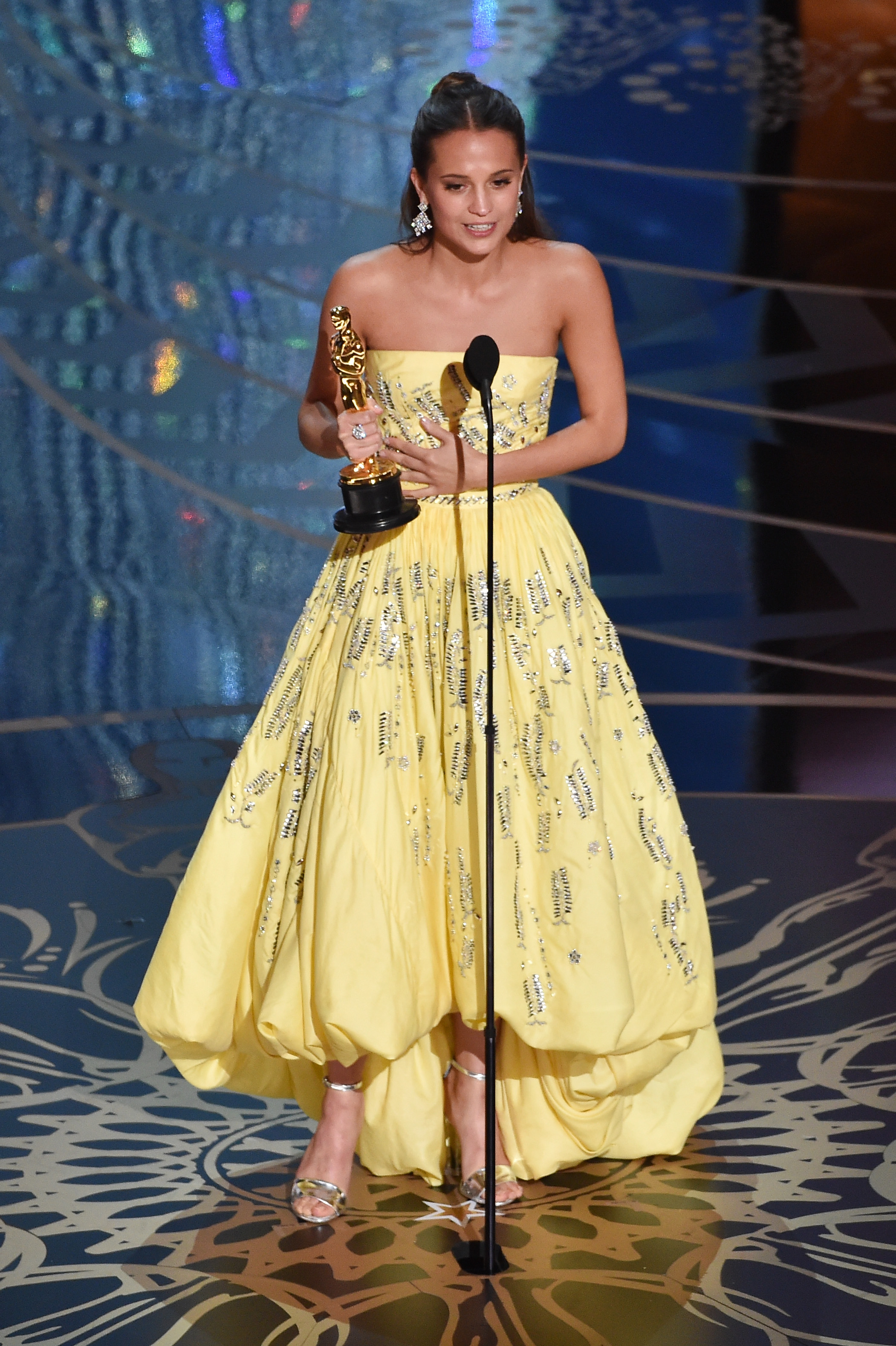 Alicia Vikander Is A 2016 Oscar Winner For Actress In A Supporting Role on academy award trophy