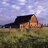 Teton_barn_01_v01
