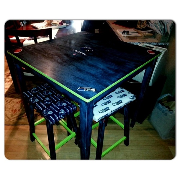 Offerup seahawks pub table 4 chairs furniture in for Furniture auburn wa