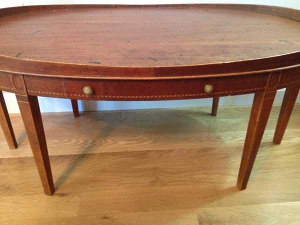 Offerup vintage federal style coffee table furniture for Furniture in federal way