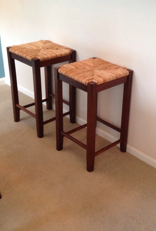 Offerup 2 espresso bar stools furniture in everett wa for Furniture in everett