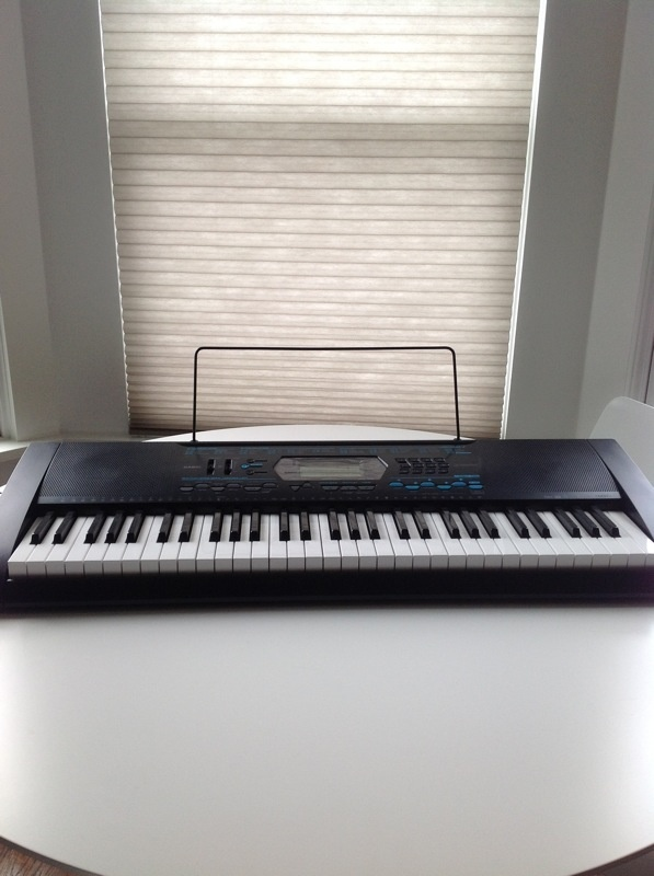 Casio CTK 2100 piano