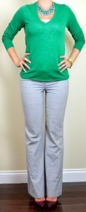 outfit post: kelly green sweater, grey 'editor' pants, burgundy pumps