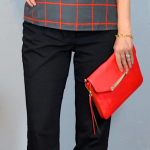 a5aee-redwindowpane