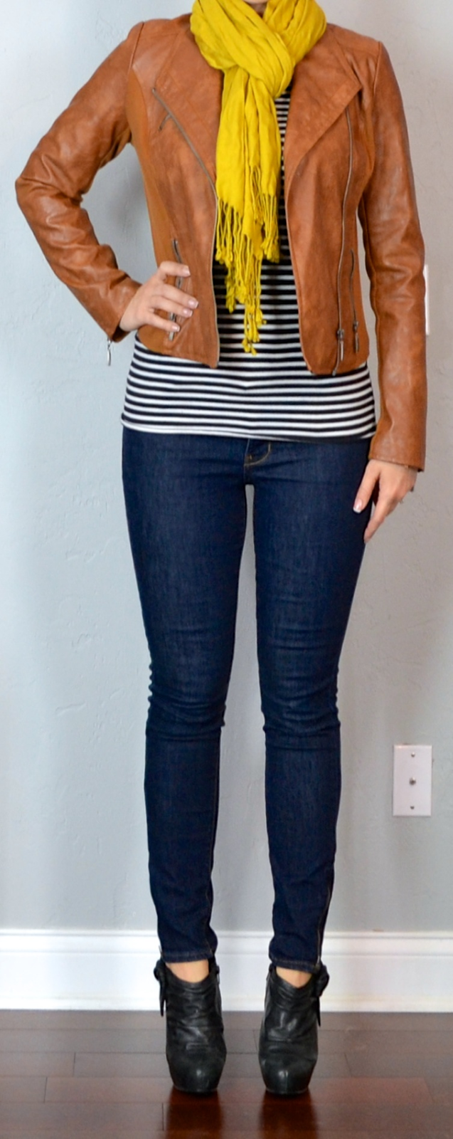 Outfit post striped shirt cognac jacket rockstar skinny for Skinny jeans with shirt