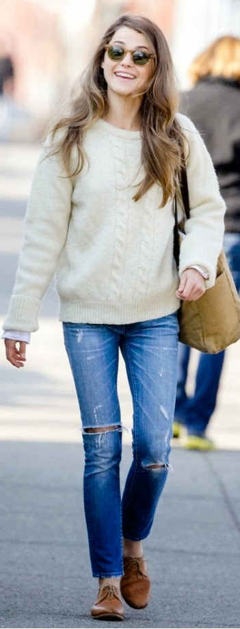 Outfit post cream cable knit sweater bootcut jeans brown flats