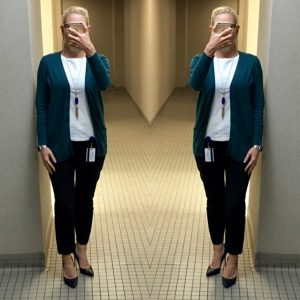 outfit posts: navy ankle pants, turquoise cardigan, navy pumps