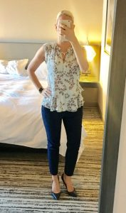 Outfit post: floral peplum, navy ankle pant, navy pumps