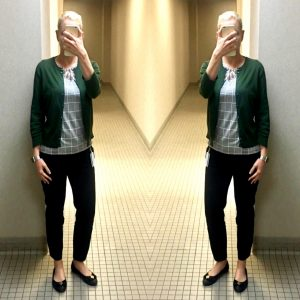 outfit post: black and white check top, green cardigan, black ankle pants, black ballet flats