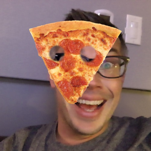 1416353817-pizza-face20141118-14-xhawr9