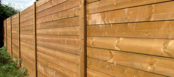 Noise reducing fencing. Reduce noise pollution with our range of fencing and gates