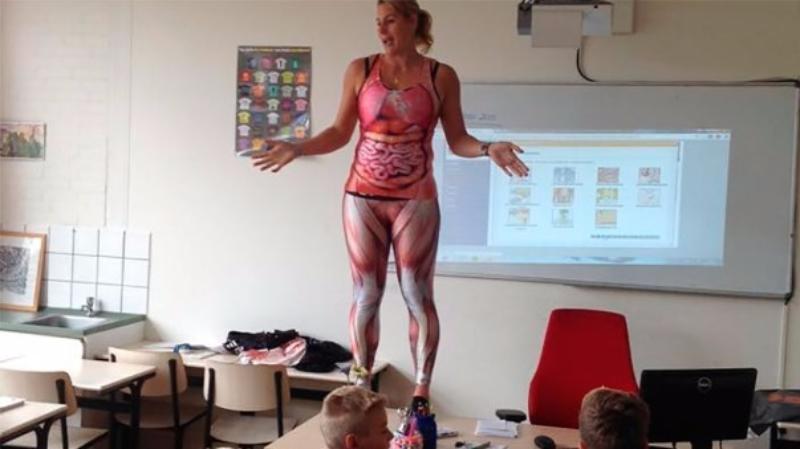 Facebook: profesora sorprendió a sus alumnos con esta lección de anatomía