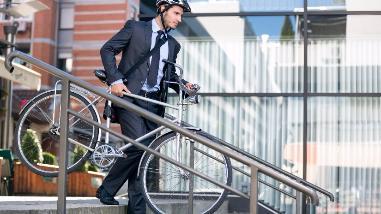 ¿Se puede andar en bicicleta en Lima de manera segura?