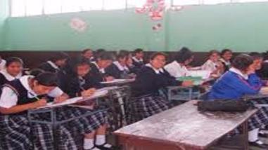 Chiclayo: Escolares asisten a clases los sábados con normalidad