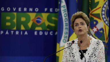 Dilma Rousseff abre nueva etapa en su mandato con cambio de ministros