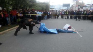 Hombre muere arrollado por bus de La Rinconada en Juliaca