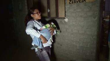 Nuevo Chimbote: niña se quedó dormida en la vía pública