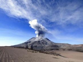 Volcán Ubinas registró una nueva explosión
